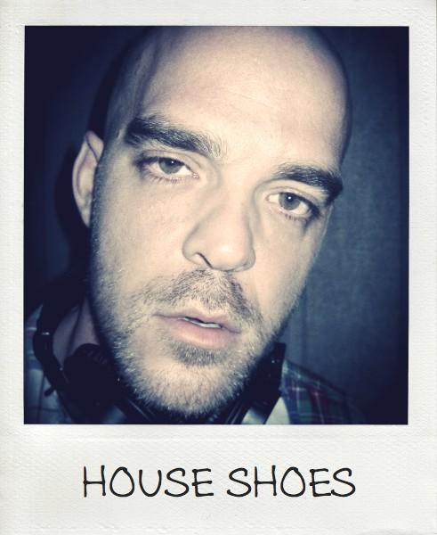 09.09.11 shoes pola